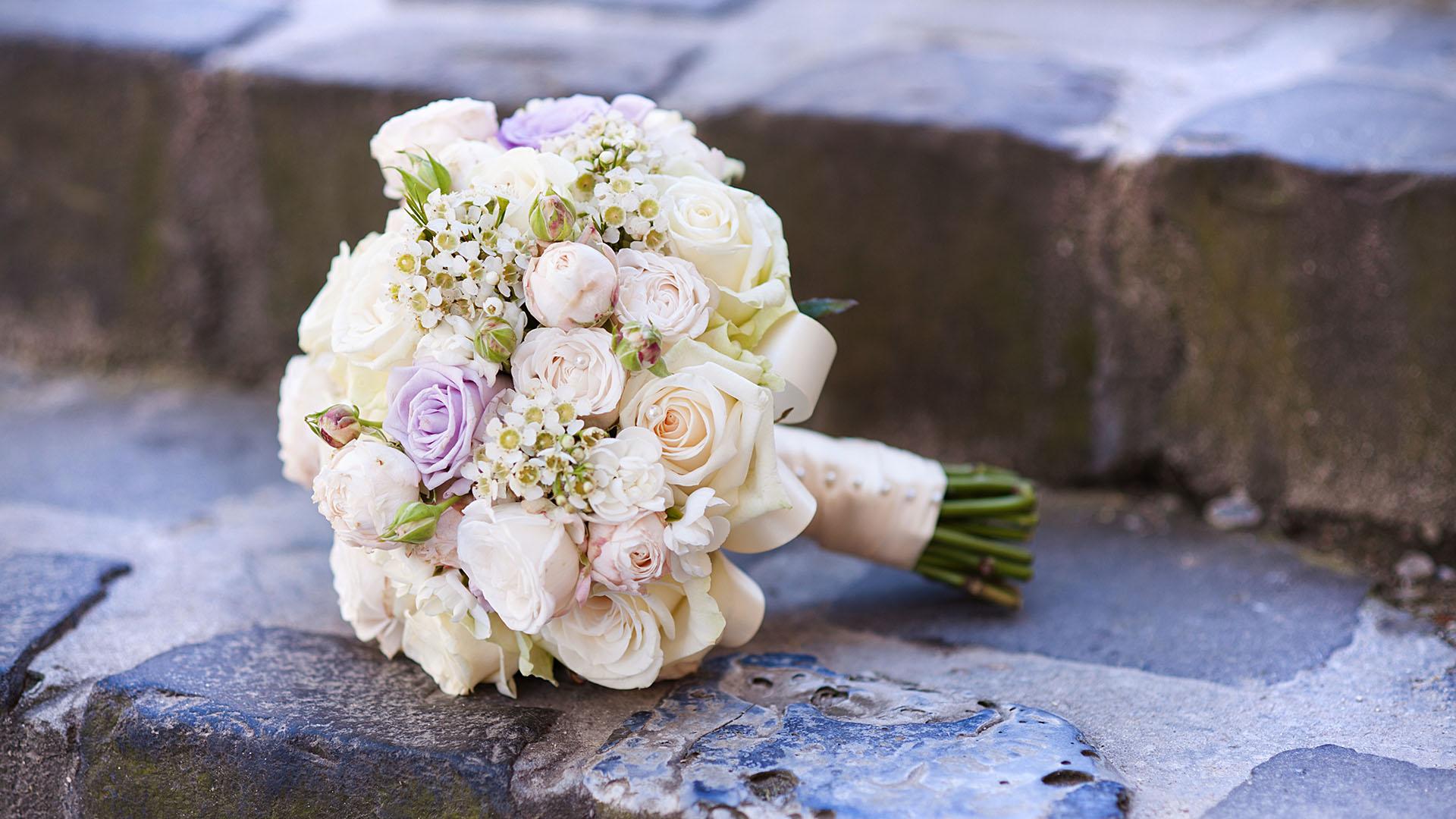 Wedding Flowers - EMY Custom Flowers - Westchester NY